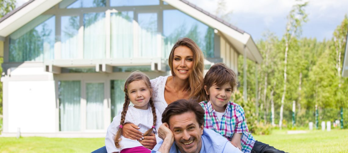 26312728_happy-family-and-their-house